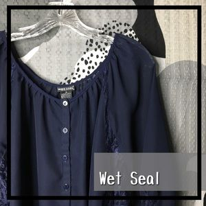 WET SEAL • Loose Buttons and Lace Blouse